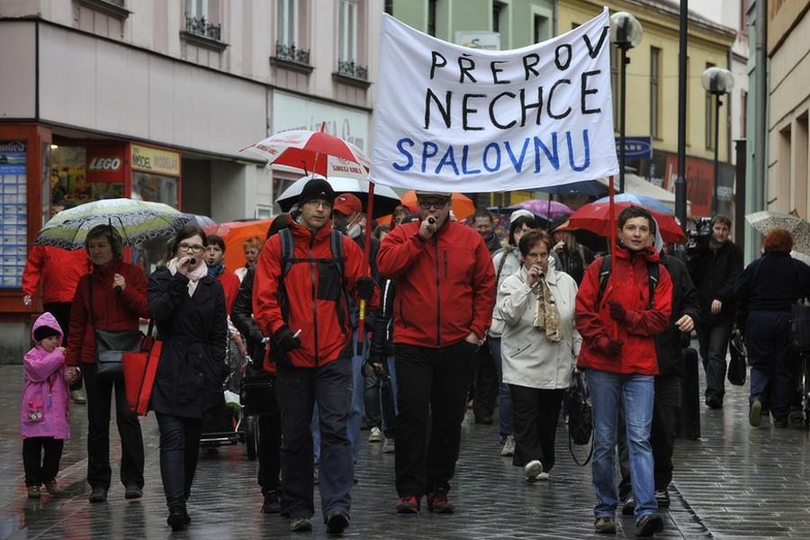 Protesty proti spalovně odpadů v Přerově utichají..