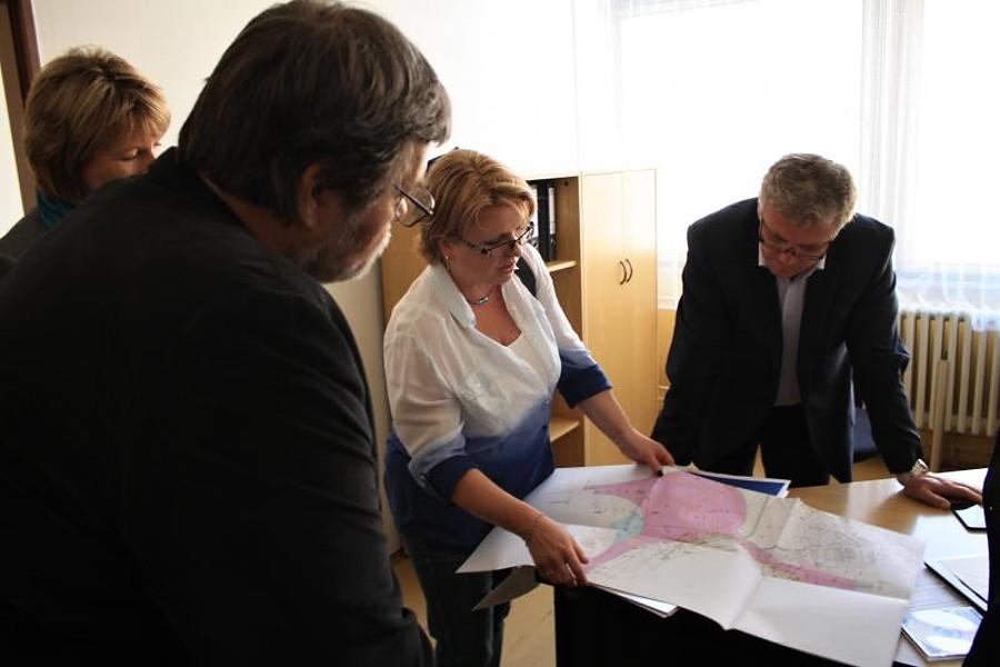 Kancelář pro výkup pozemků na stavbu D1 rozšiřuje služby