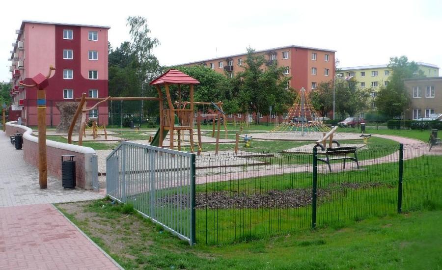 Řádění gangu dětí na přerovském hřišti ustalo, zasáhli romští asistenti
