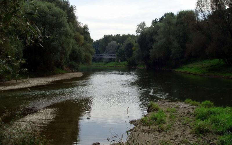 Vysychají vodní toky, zákaz odebírat povrchové vody platí od dnešního dne už i pro Přerov