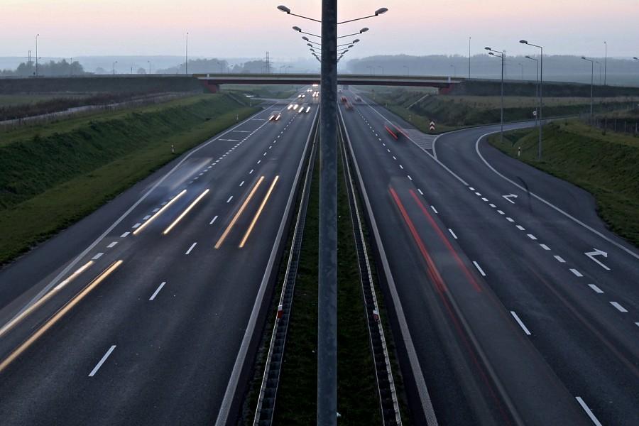 Ignorovaní lidé z Dluhonic chtějí blokovat dostavbu D1. Klidně roky, hrozí