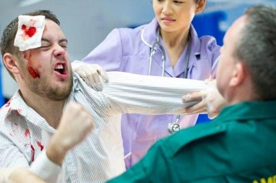 Nemocnici Přerov kvůli agresivním pacientům hlídá ochranka
