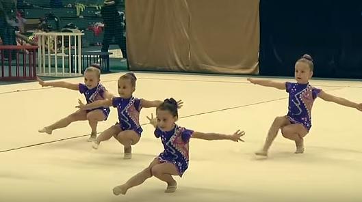 Moderní gymnastky zahájily sezónu společných skladeb Creative Caps cupem