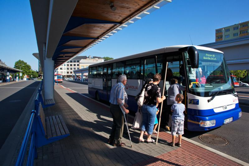 Přeprava autobusem po Přerově bude od září pro děti, studenty a seniory levnější