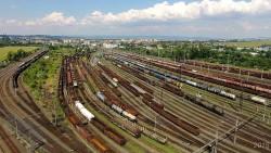 nadrazi-koleje-vlaky-dron