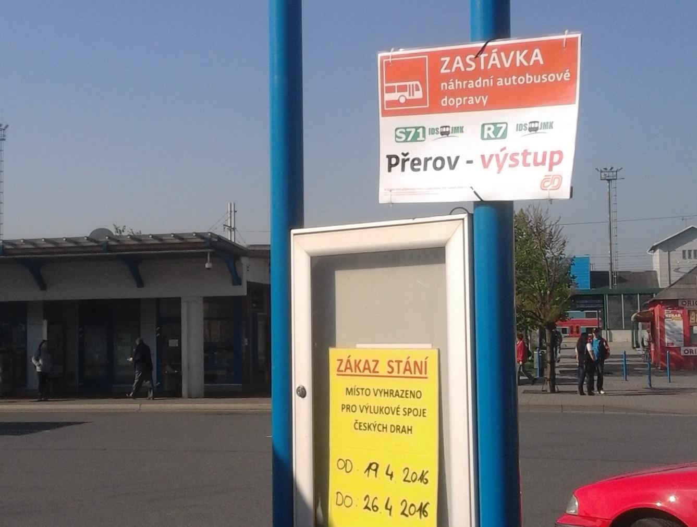 Výluka vlaků na Brno pokračuje