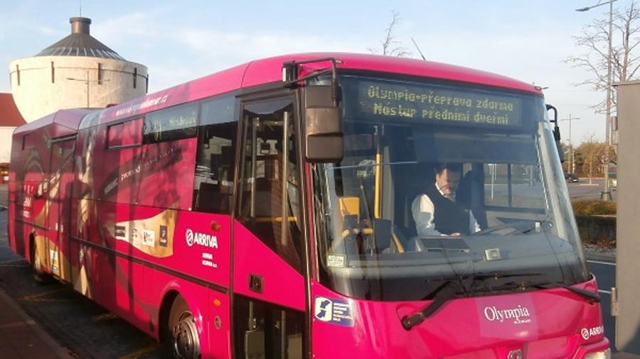 Do OC Olympie autobusem zdarma