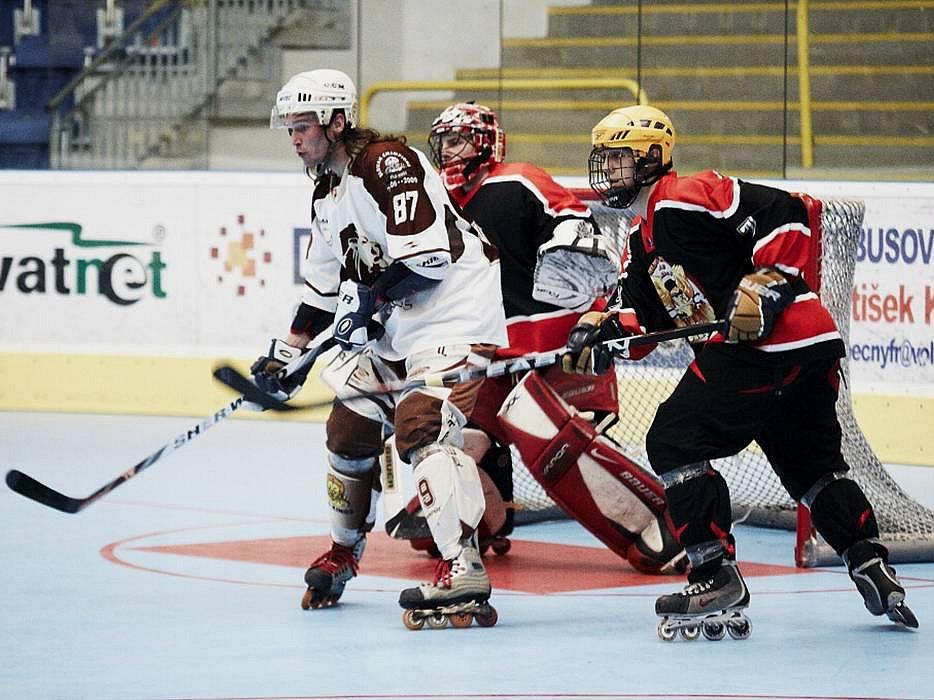 Inline hokejistům IHC NightBirds Přerov vrcholí sezóna