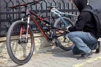 Žádost o pomoc při ztotožnění pachatele krádeže kola