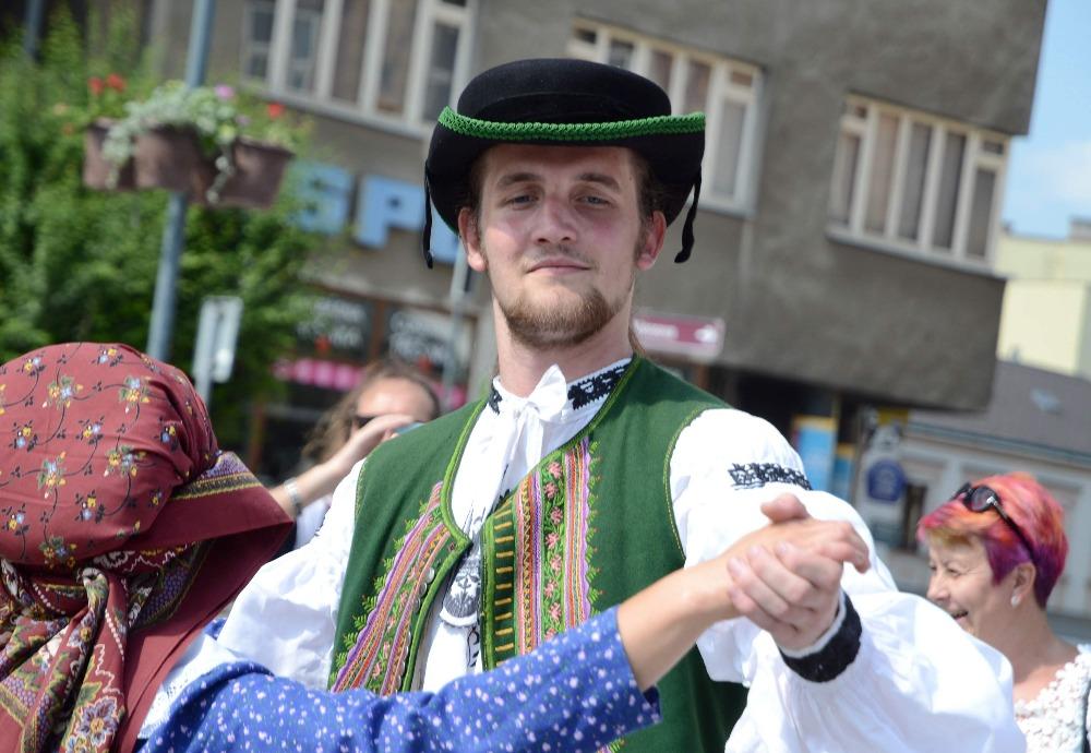 Ohlédnutí za Folklórním festivalem V zámku a podzámčí 2018