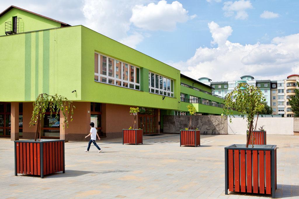 Letní prázdniny budou pro přerovské základní školy znamenat opravy a modernizace za 81  milionů