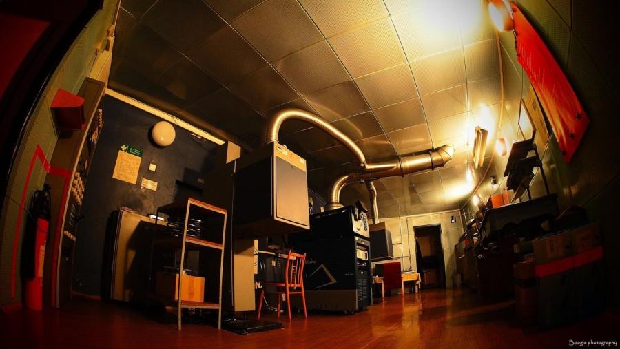 Zájemci si mohou prohlédnout promítací kabinu – a dozvědět se více o práci promítače