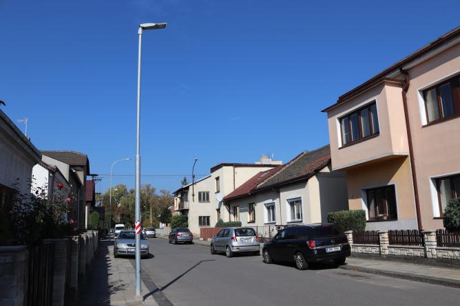 V okolí Svépomoci přibude nové osvětlení