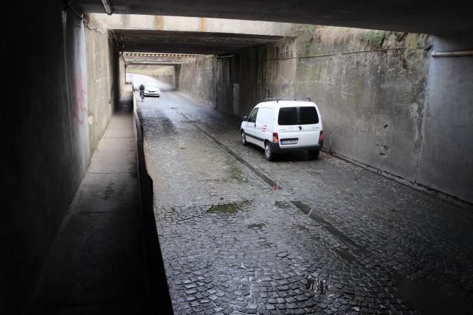 1. dubna bude pro autobusy uzavřen podjezd v Lověšicích