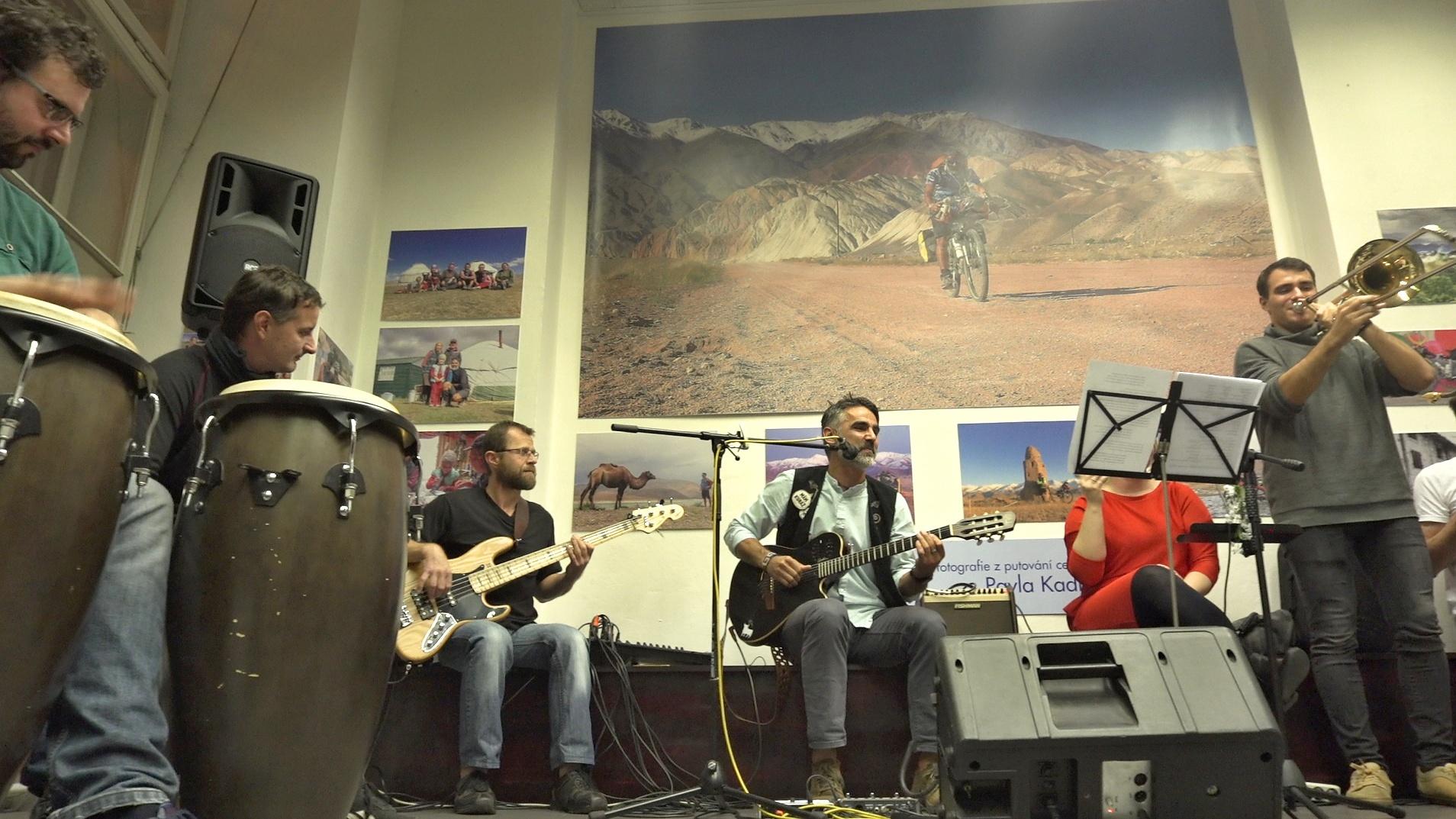 Skupina D.U.Bmusic z Rokytnice slaví 30 let