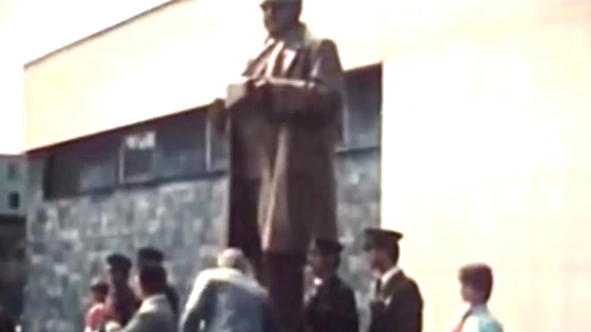 PŘEROVSKÉ VZPOMÍNKY: 1. díl – Po stopách sochy Klementa Gottwalda