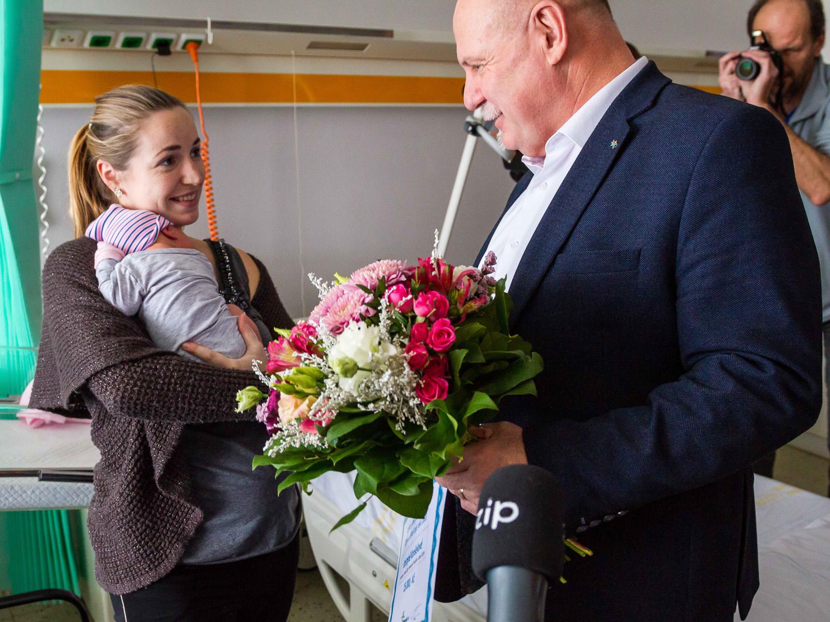 V Olomouckém kraji i Přerově se letos jako první narodily dvě holčičky