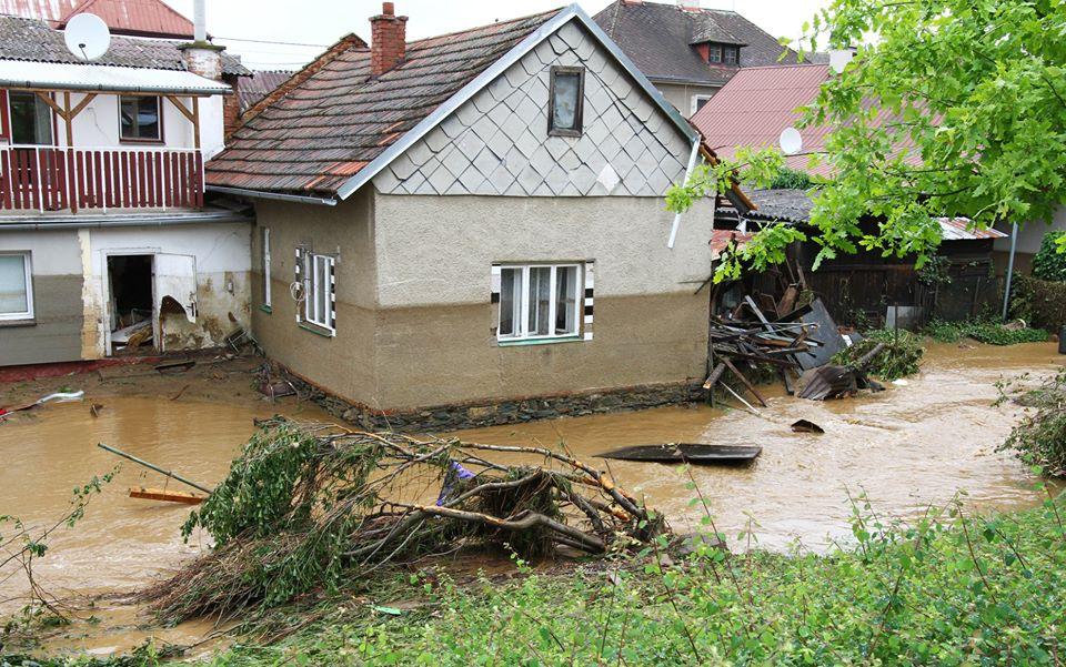 Kraj rozdělí peníze z povodňové sbírky