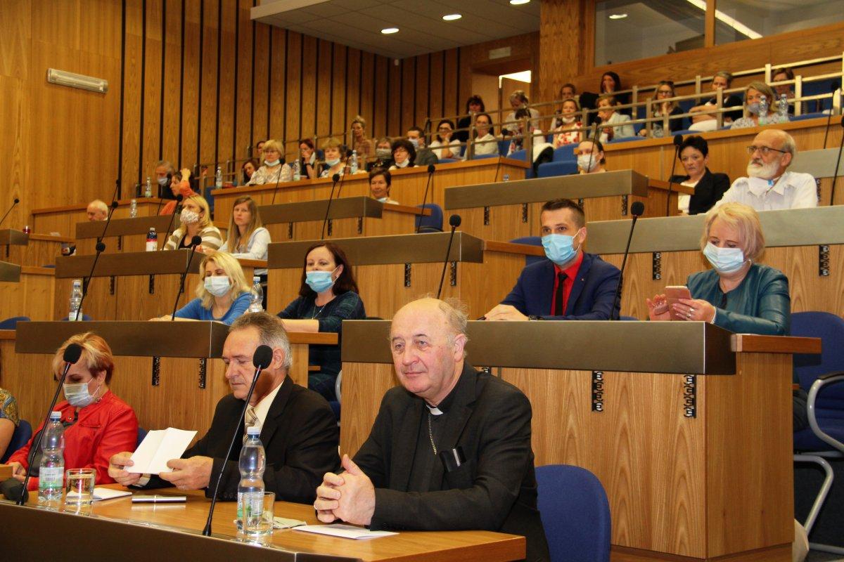 Konference o paliativní péči se ptala, kdy ukončit léčbu