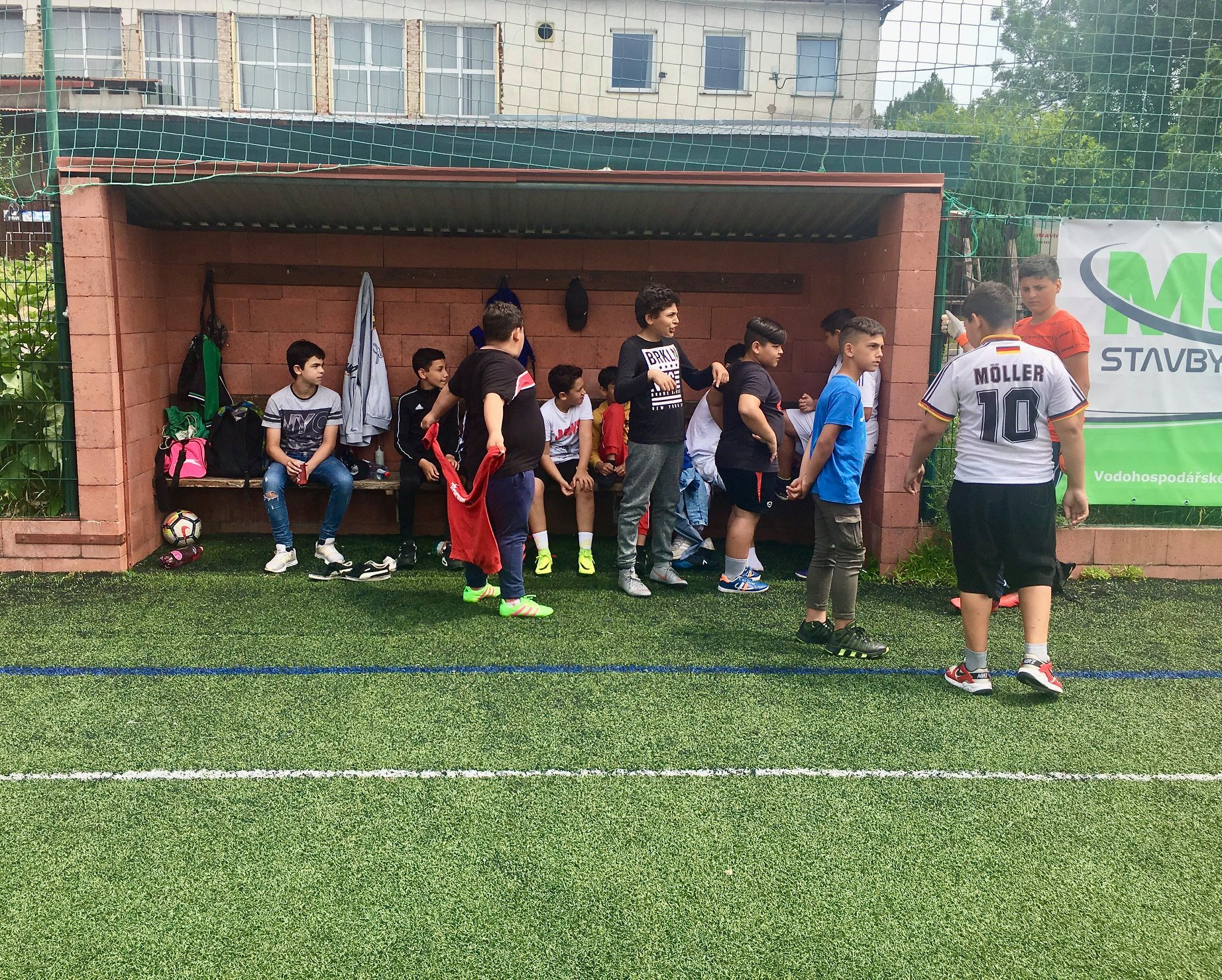 """Fotbal na """"3 poločasy"""" si na Hané buduje tradici"""