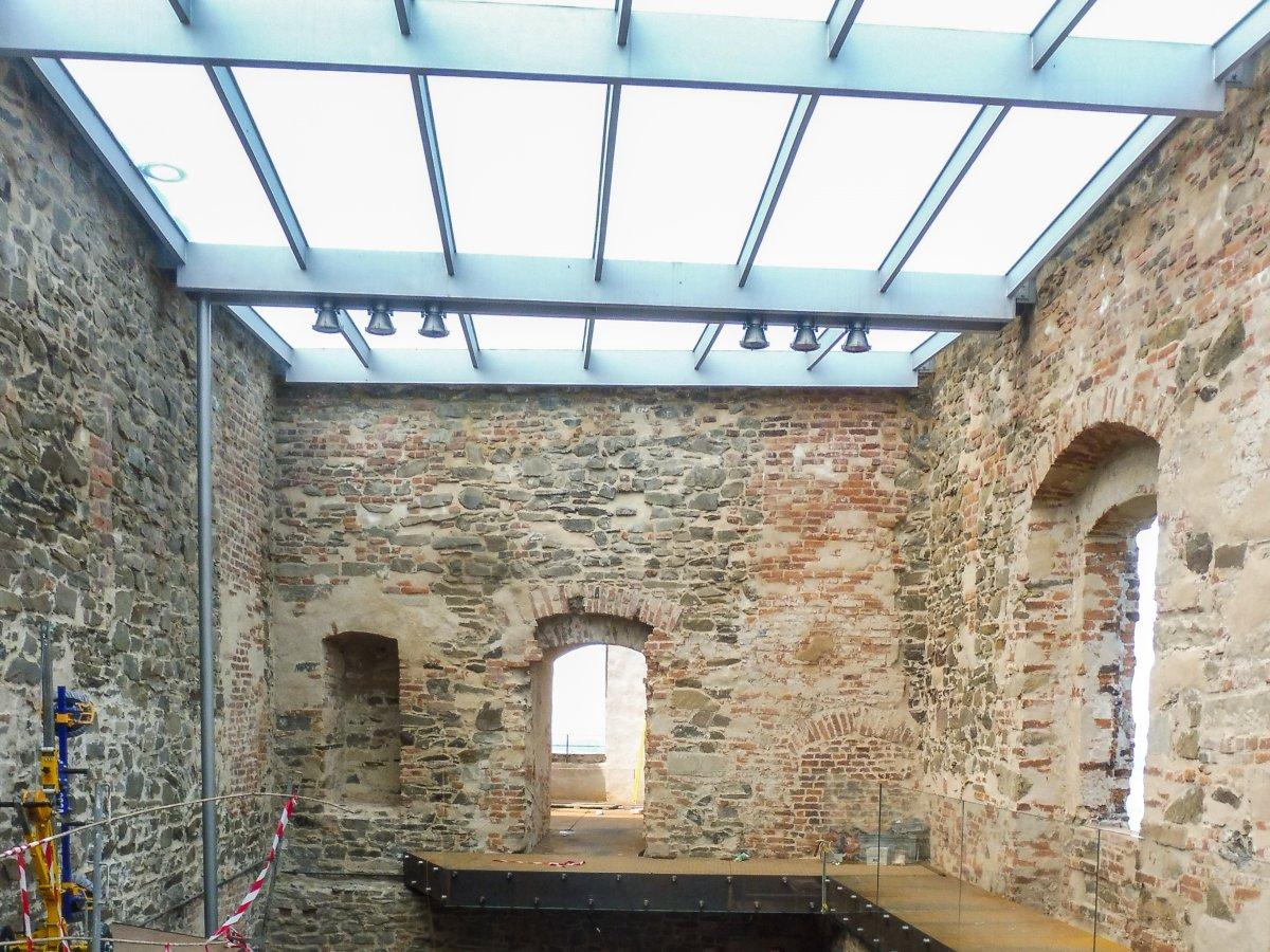 Rozsáhlá záchrana paláce na Helfštýně jde do finále