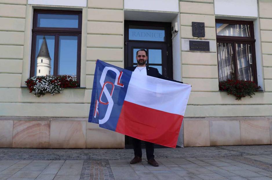 Přerovská radnice vyvěsí sokolskou vlajku