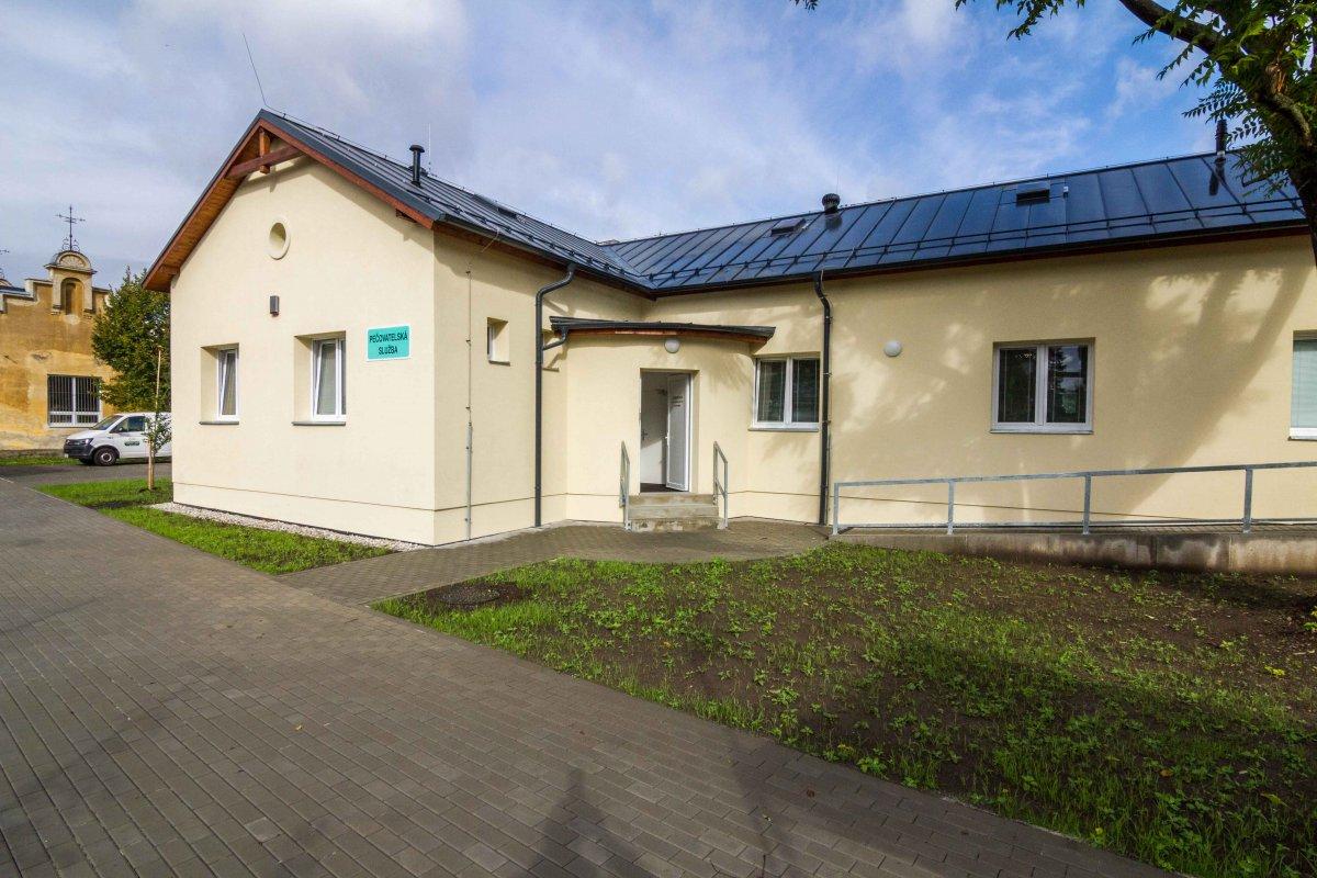 Prokoukla další budova v areálu bývalé prostějovské nemocnice. Místo zde najde pečovatelská služba