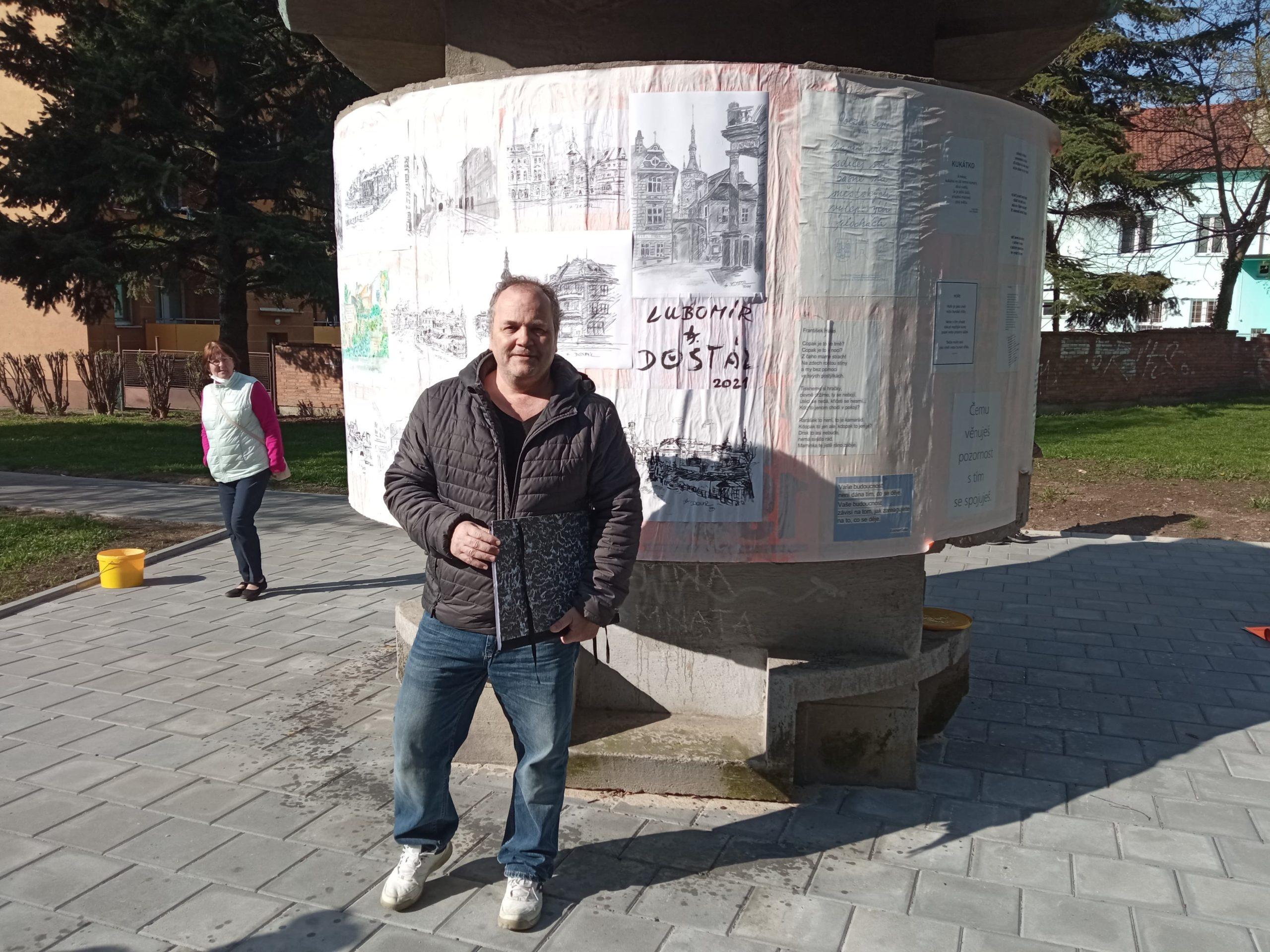 Přerovský malíř Lubomír Dostál zahájil Výstavu pod širým nebem