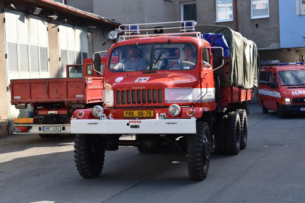 Ze služby rovnou do muzea, nebo do šrotu. Dobrovolní hasiči dostanou nové vozy